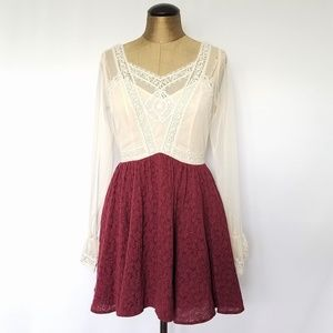 Free People Mini lace long sleeved dress sz 2